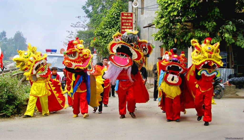 Dragon Dance in HCM City during Tet