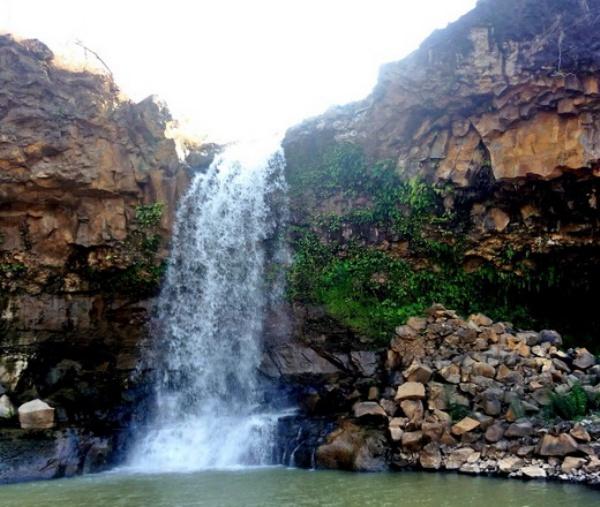 phu nhu waterfall